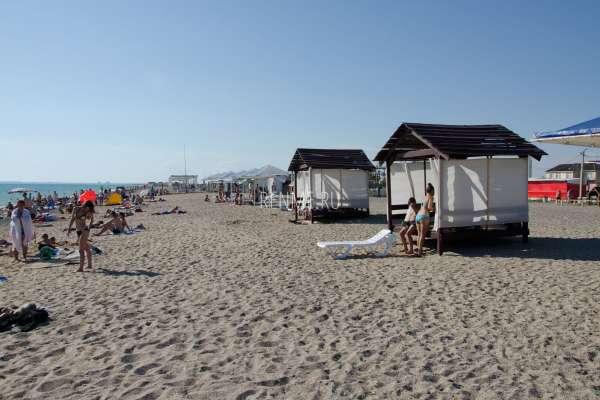 Пляжная жизнь. Фото Прибрежного