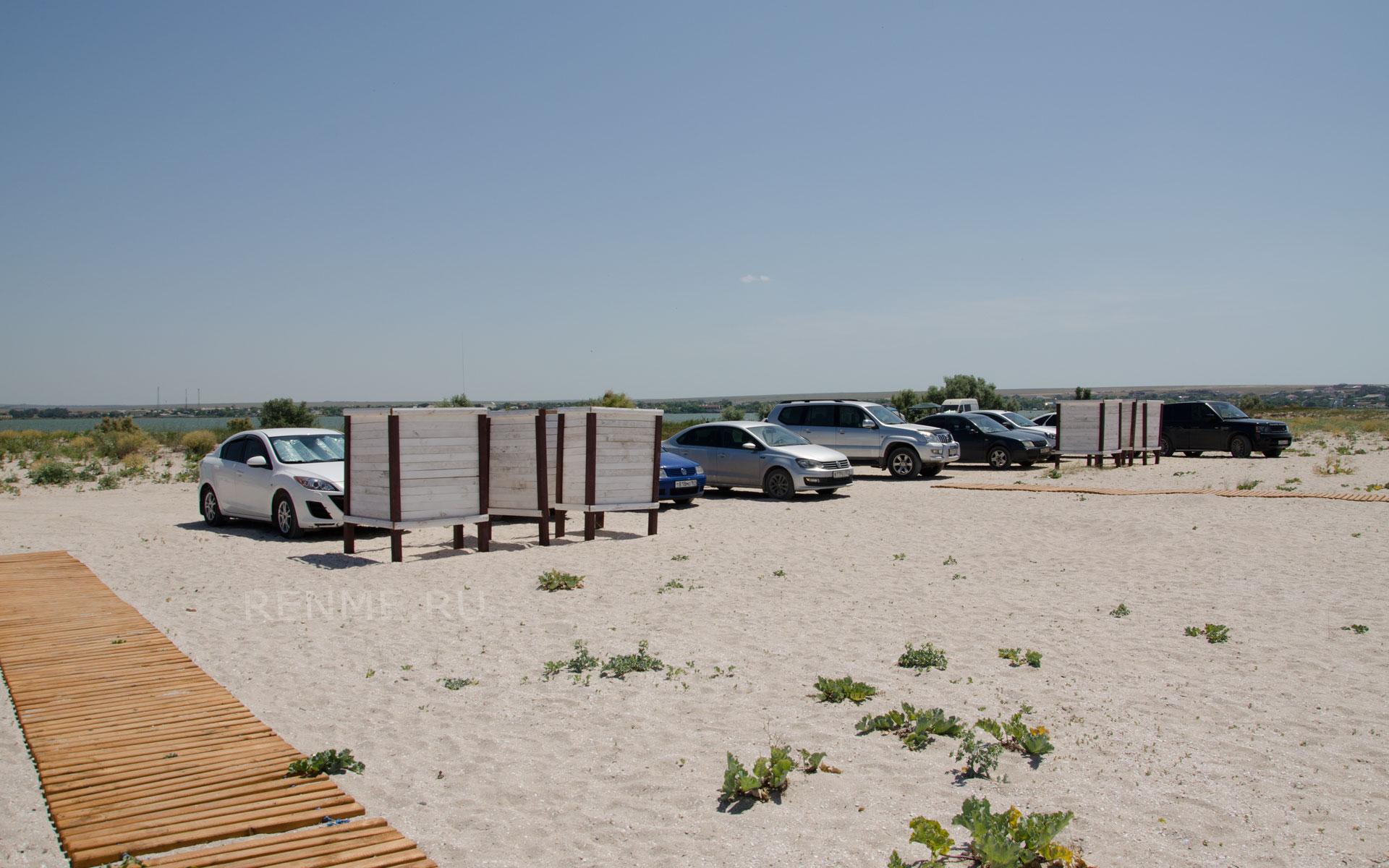 На пляж с любимой машиной. Фото Оленевки
