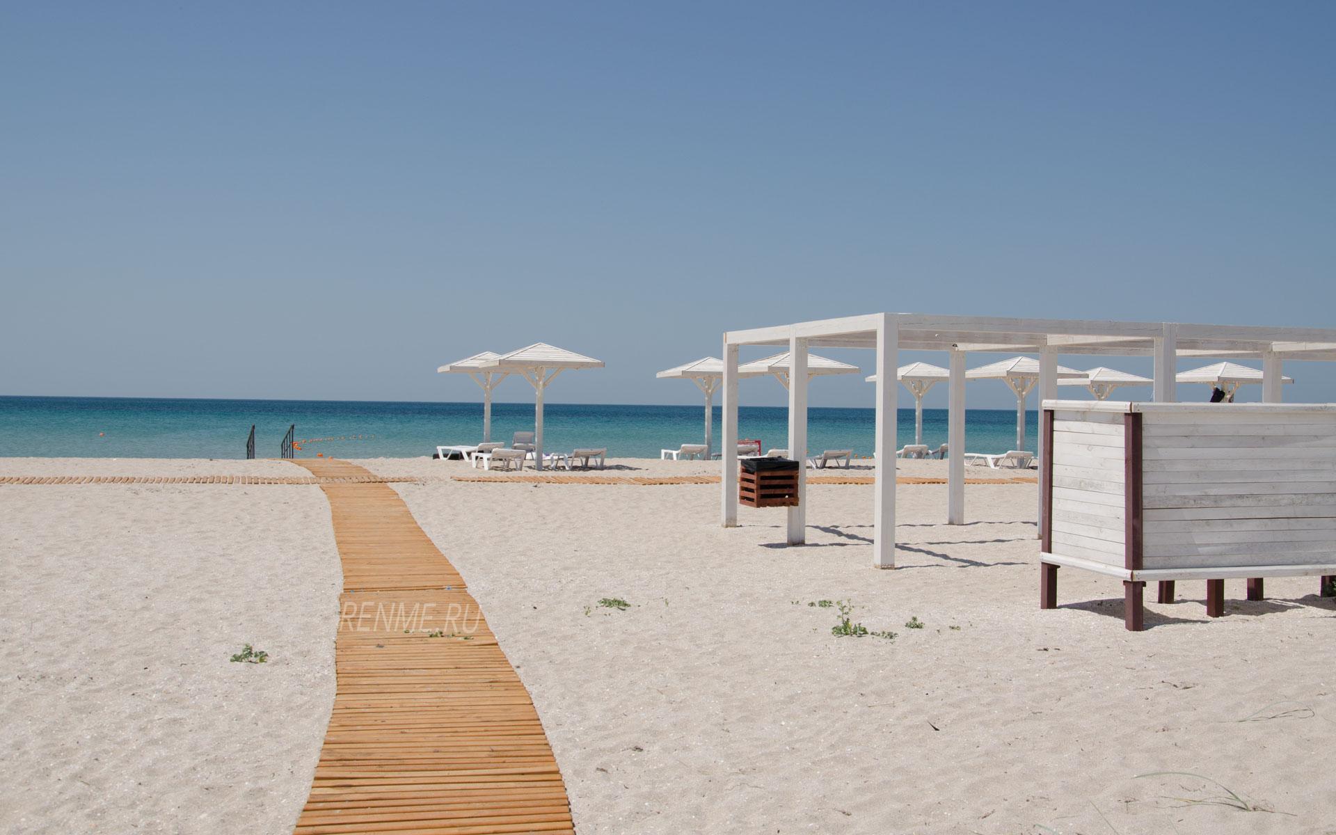 Пляж на Тарханкуте. Фото Оленевки