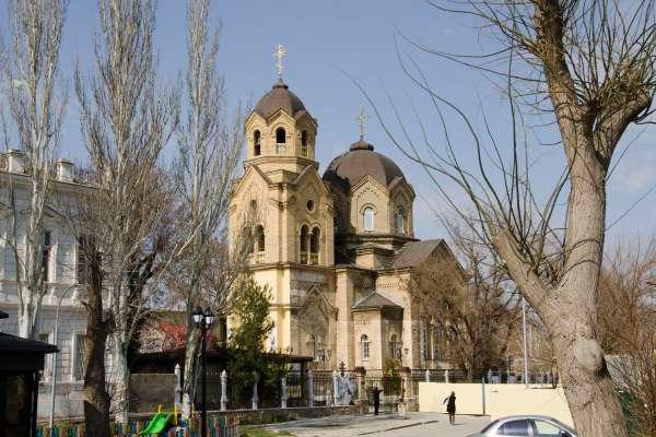 Храм Святого Илии весной. Фото Евпатории