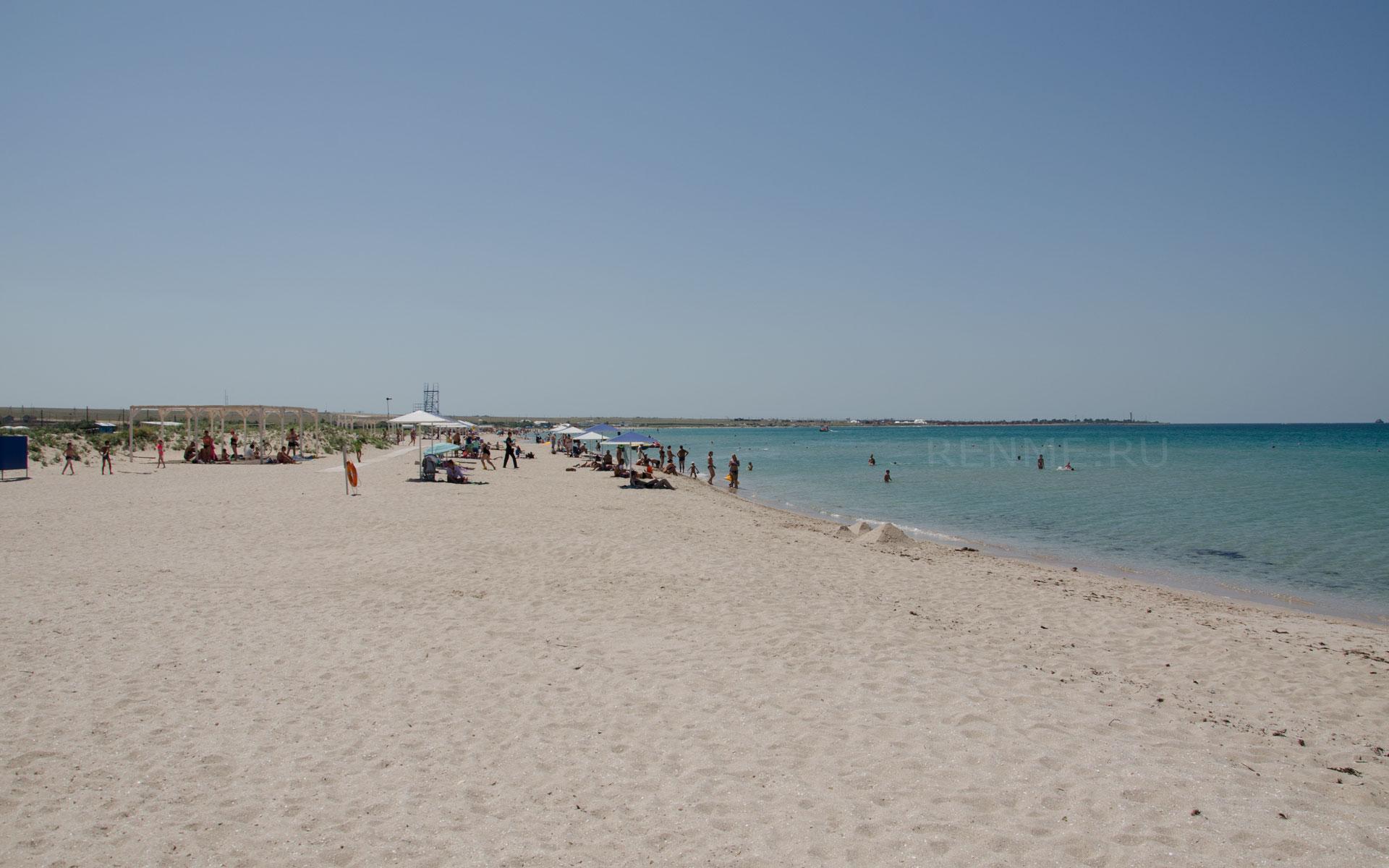 Пляж для отдыха с детьми в Оленевке. Фото Оленевки
