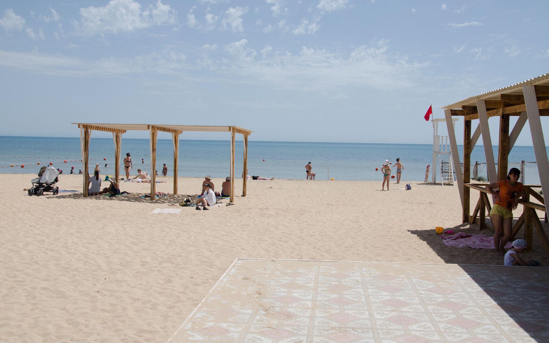 """Сразу после входа на пляж """"Арго"""". Фото Заозёрного"""