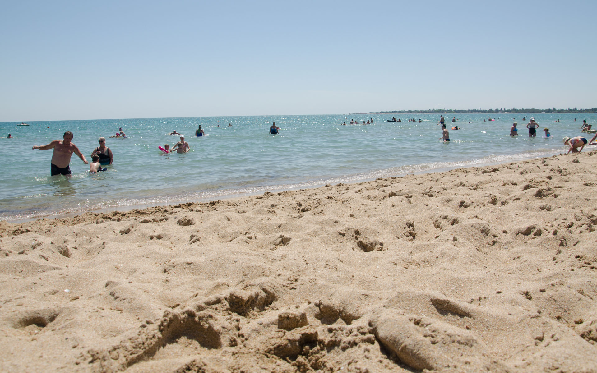 Чистый песок, чистое море. Евпатория 2019. Фото Евпатории