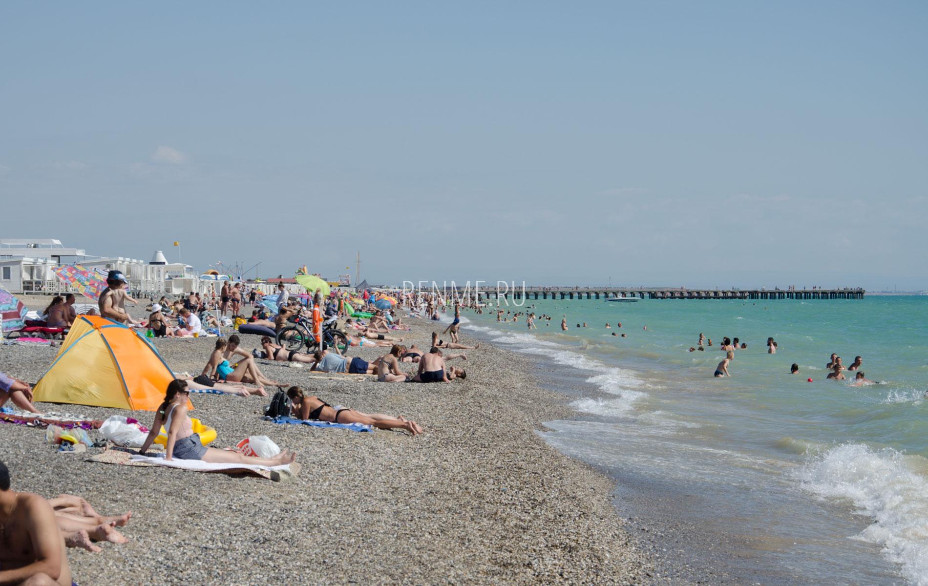 Линия пляжа. Фото Новофедоровки