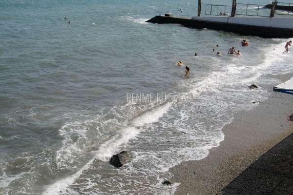 Морской берег в Алуште. Фото Алушты