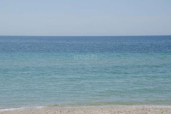 Теплое море в июне в Заозёрном. Фото Заозёрного