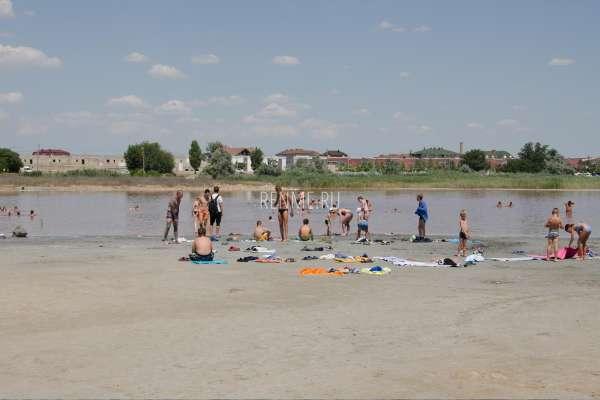 Солёное озеро в Заозёрном. Фото Заозёрного