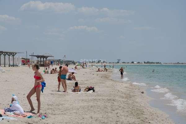 Крым там, где лучшие песчаные пляжи. Фото Штормового