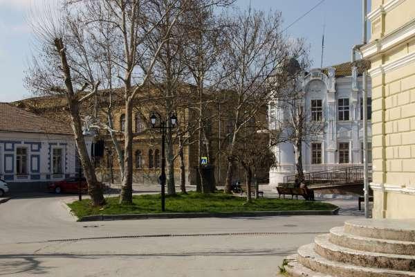 Сквер им. Н.А. Мамуны весной 2019. Фото Евпатории