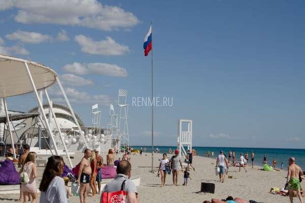Российский песчаный пляж 2019. Фото Поповки