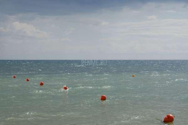 Море в Евпатории всентябре. Фото Заозёрного