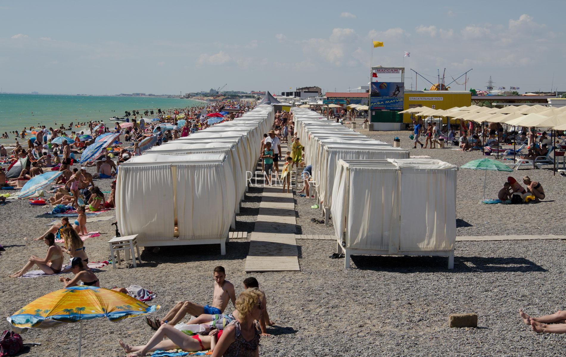 Бунгало на галечном пляже 2019. Фото Новофедоровки