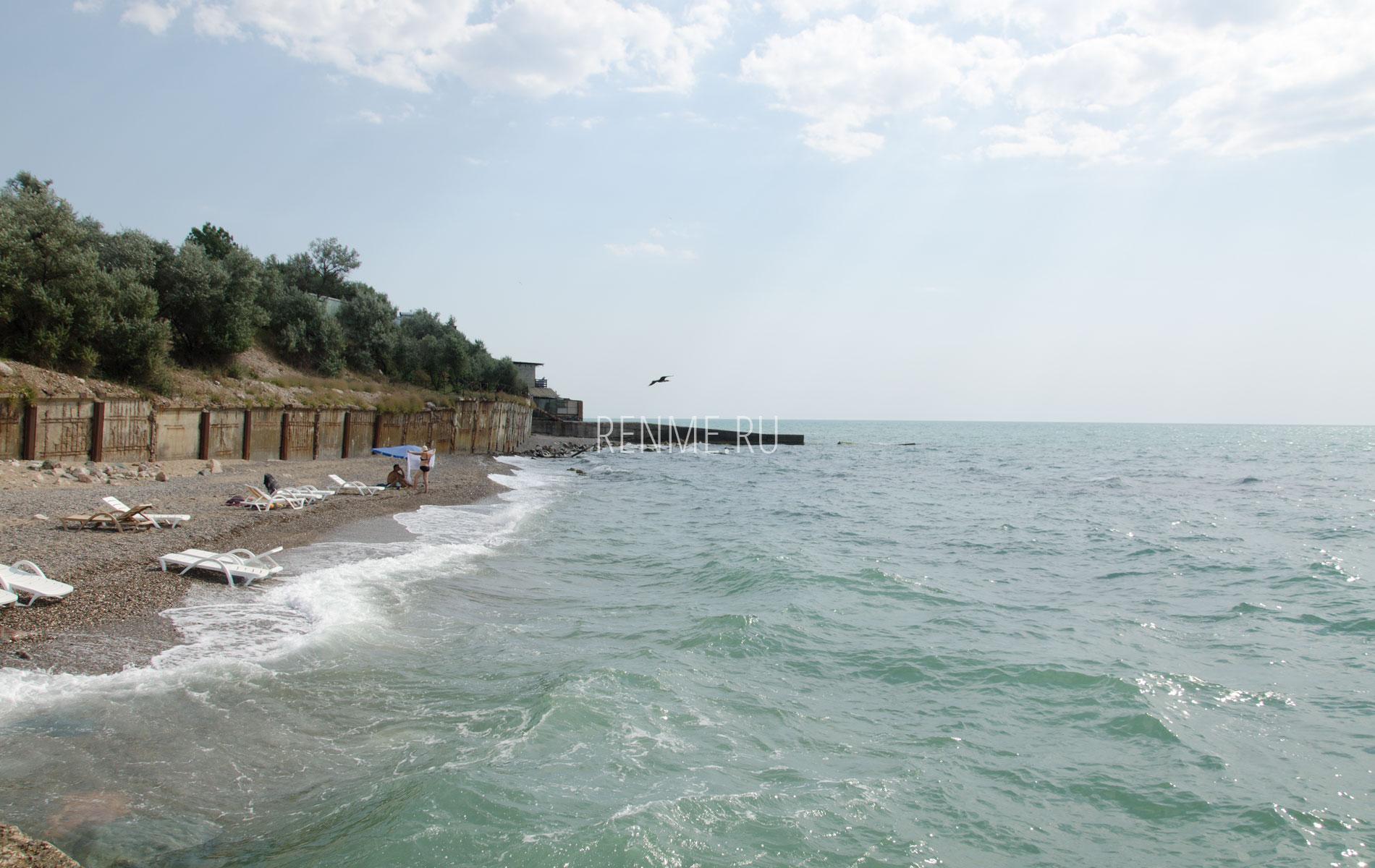 Неспокойное море в июле. Фото Николаевки