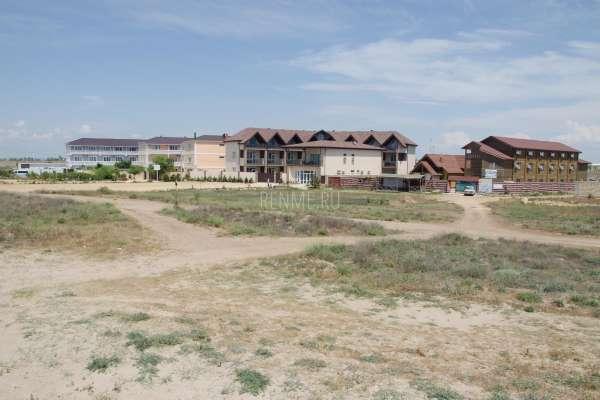 Отели с песчаными пляжами первая линия. Фото Заозёрного