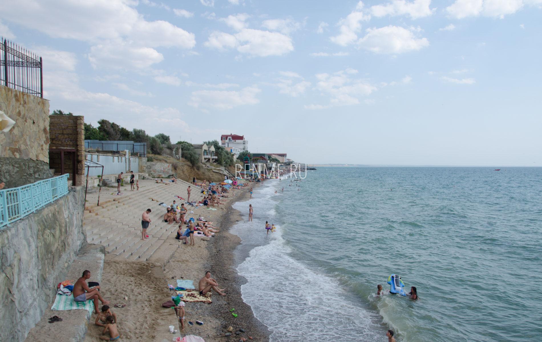 Пляж Полет в Николаевке летом. Фото Николаевки
