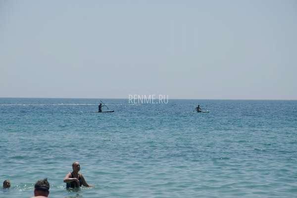 Море в Заозерном в июле 2020. Фото Заозёрного