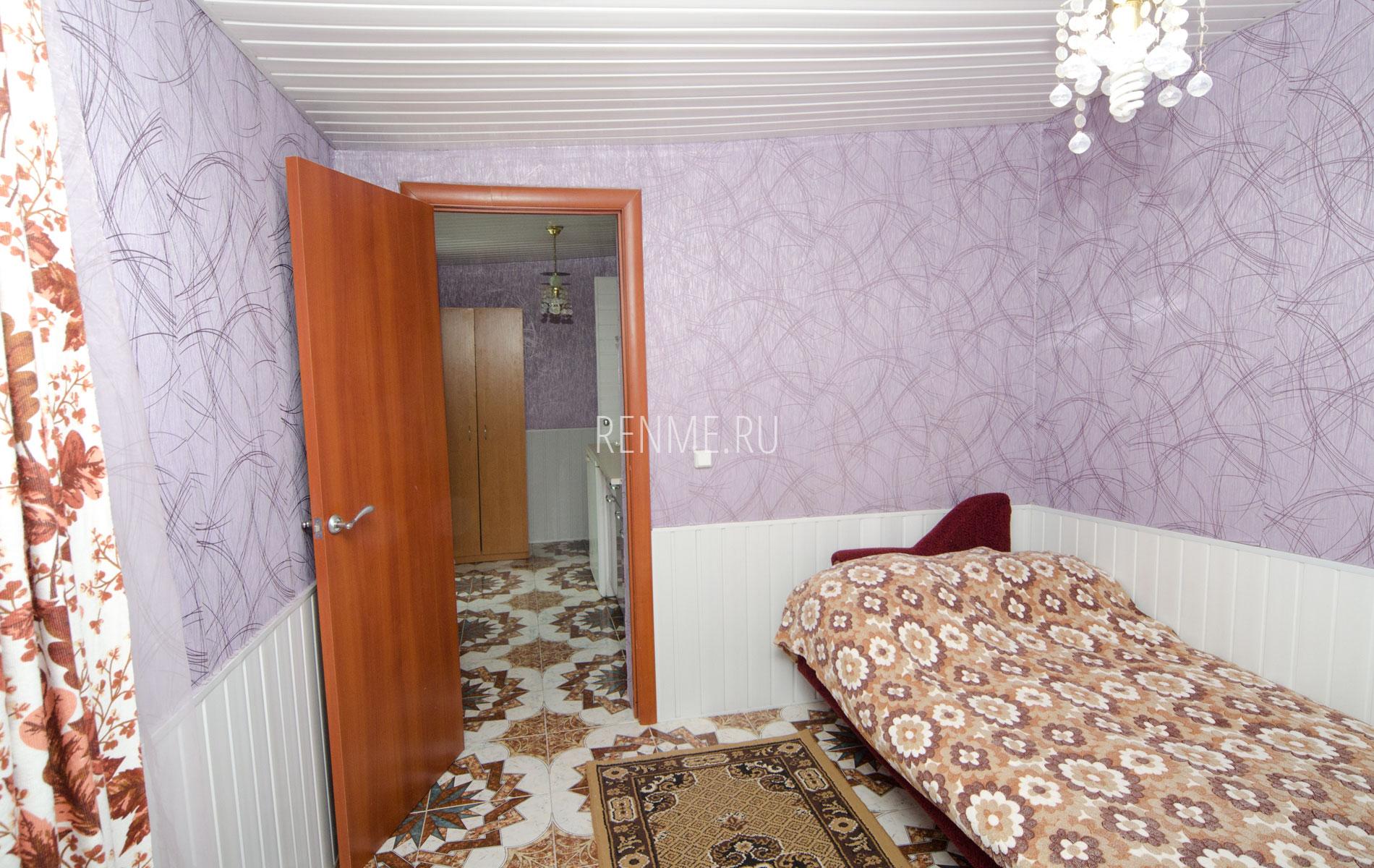 """Комната. Квартира 2. Апарт-отель """"Берюзовый Бриз"""". Заозёрное"""