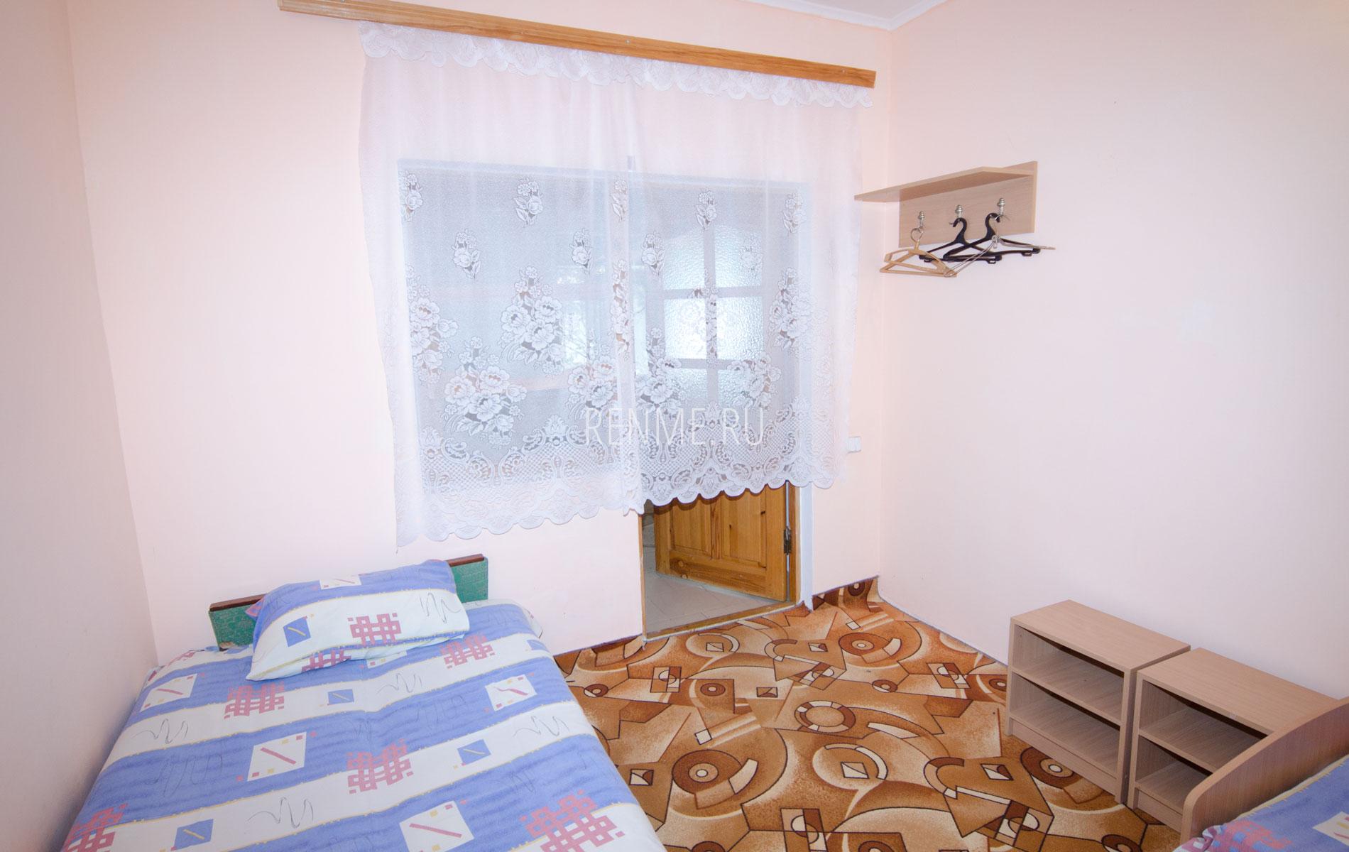 Комната 1. Блок на 6 человек. Гостевой дом на Чкалова. Заозёрное