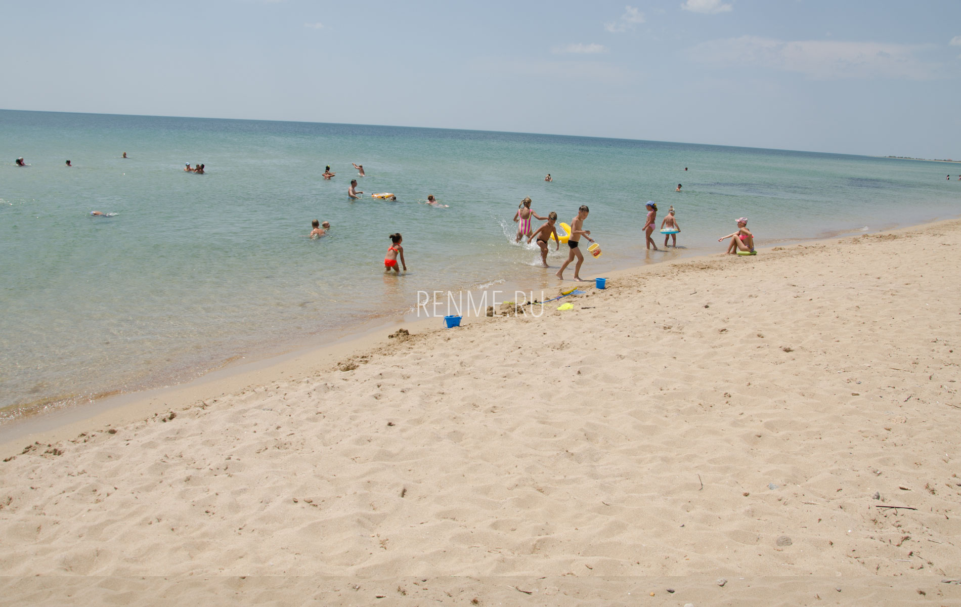 Песчаный пляж Молочного. Фото Молочного