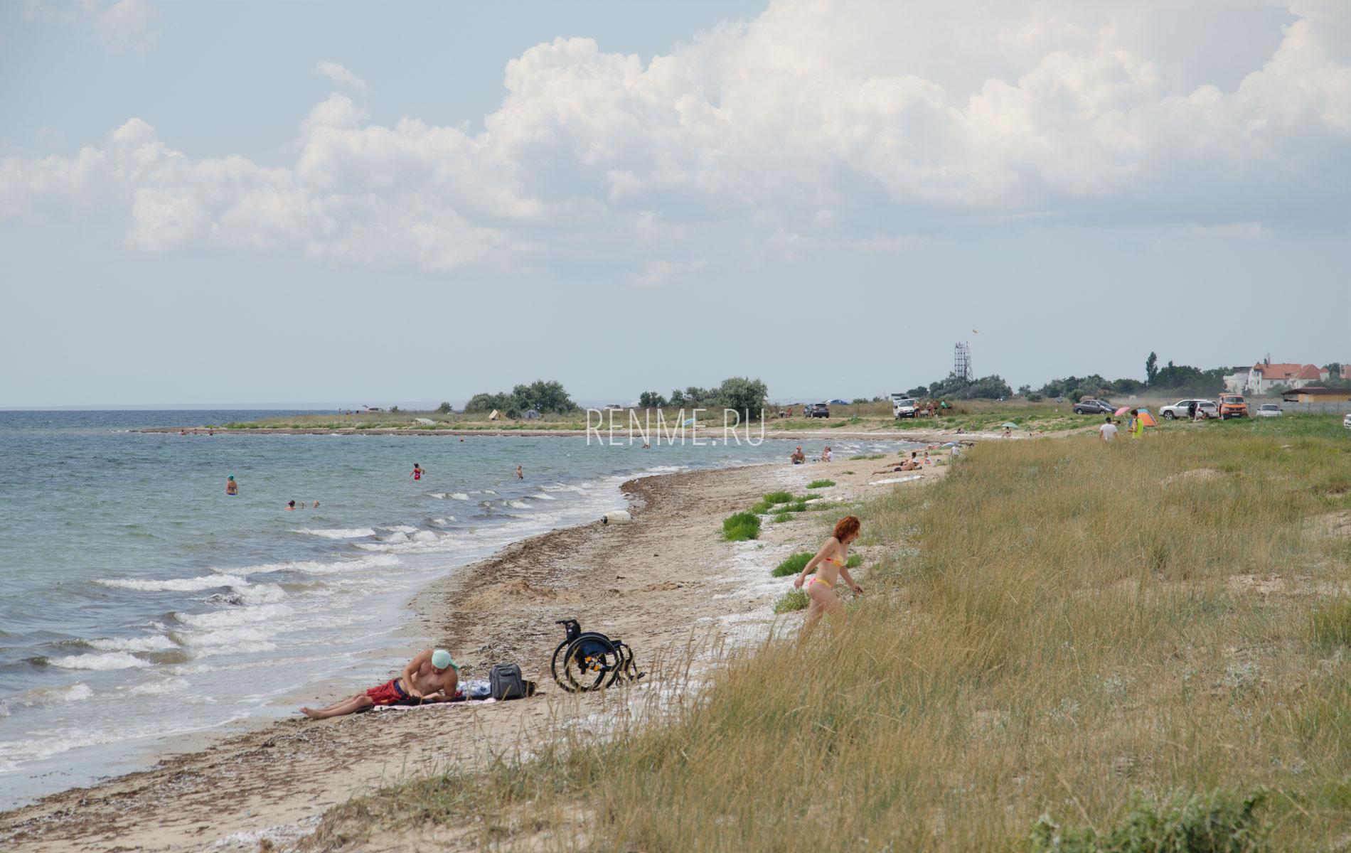 Дикий пляж между Витино и Молочным. Фото Молочного